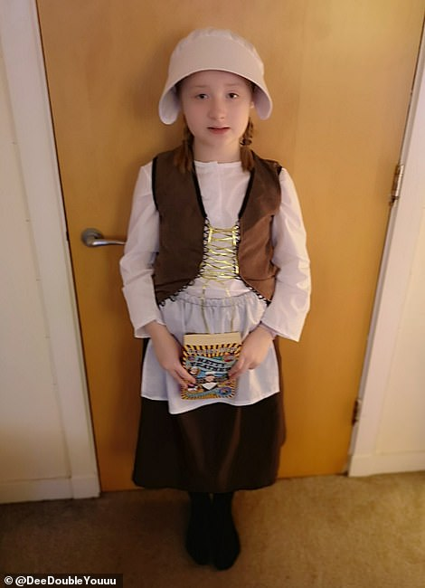 Ava dressed as Hetty Feather