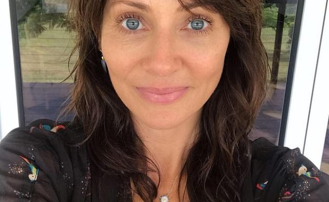 Natalie Imbruglia 44 Stuns As She Showcases Her Youthful