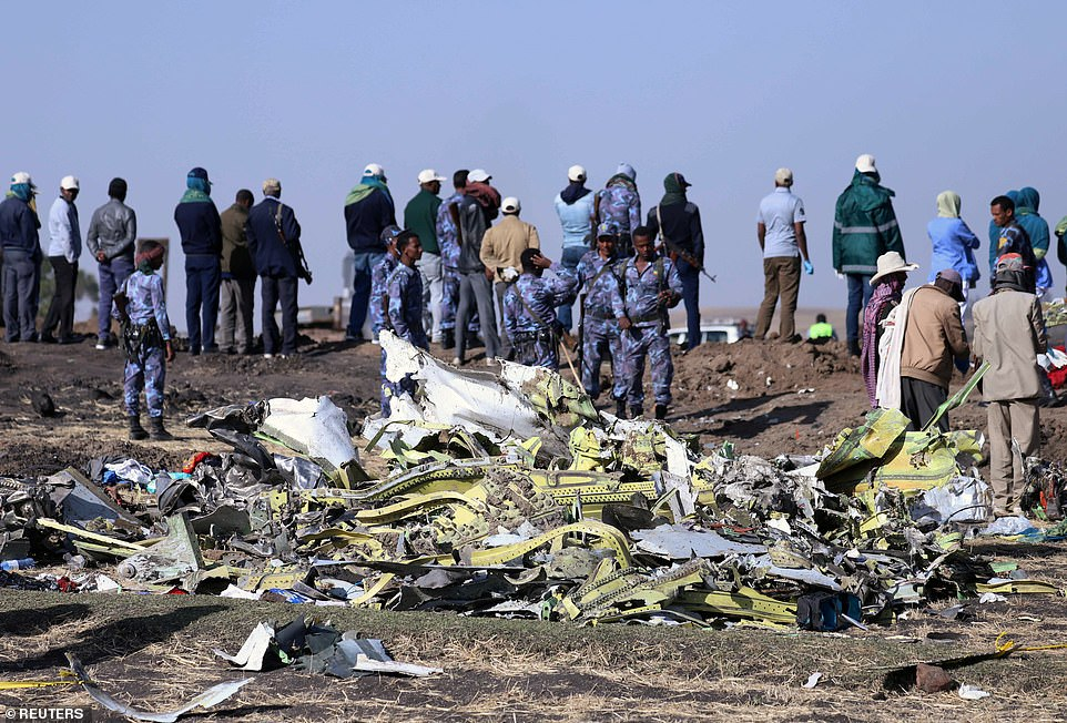 Ethiopian air crash: Airlines ground Boeing 737 Max 8 jets | Daily Mail Online