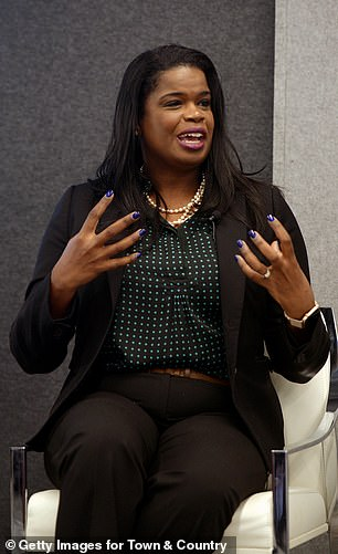 State's Attorney Kim Foxx told the Smollett family she was 'trying' to convince the Chicago PD to let the FBI take over the case but it never happened. She recused herself later over the conflict of interes