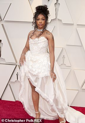 Love Galore: Sza face heavy competition forR&B Artist of the Year