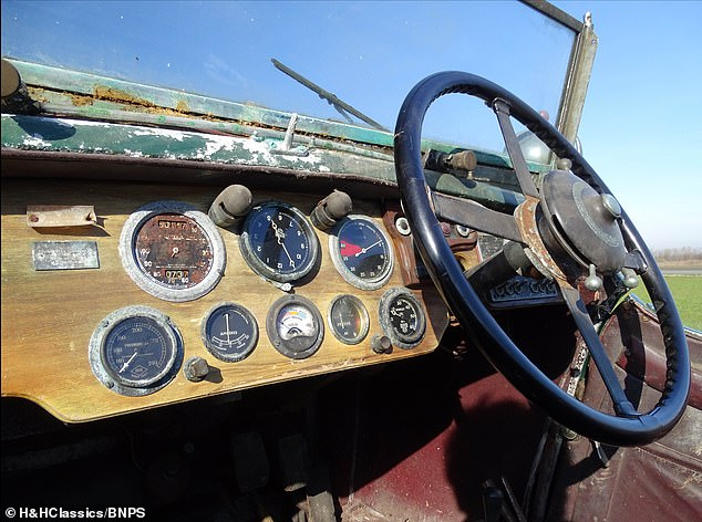 Mr Blackham, who had been a Lancaster bomber pilot in the RAF, happily drove the classic convertible for 36 years before his advancing years forced him to take it off road