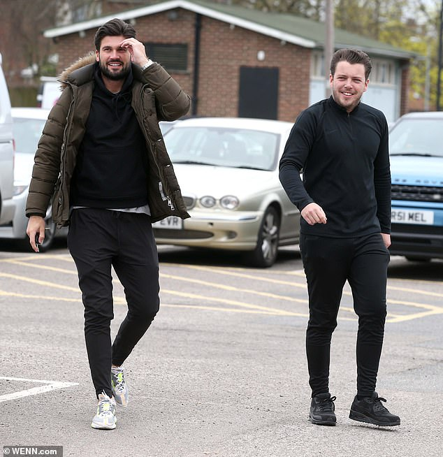 Questions: As Dan arrived with friend Diags, it remained to be seen where his girlfriend Chloe was