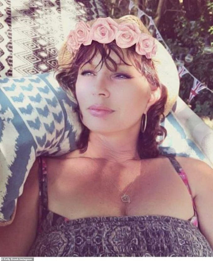 Good genes: Kelly Brook was inundated with comments from fans saying how alike she is with her mother Sandra after posting this snap on Instagram
