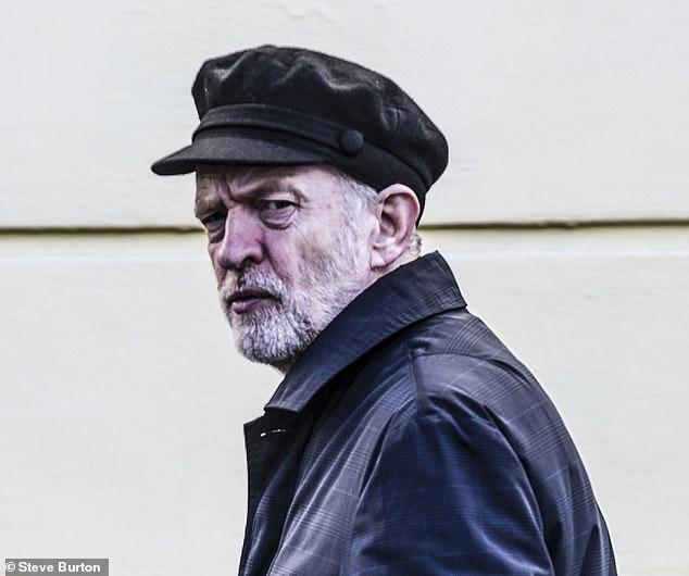 Wenn die Kappe passt: Wenn Jeremy Corbyn in den kommenden Monaten durch die Tür von Nr. 10 geht, sind alle Wetten aus