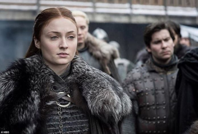 Dragons in winterfell:Jon Snow tells Daenerys that Northerners don't trust outsiders, as the Winterfell townsfolk react in shock to the dragons flying overhead, including Sansa Stark (Sophie Turner).
