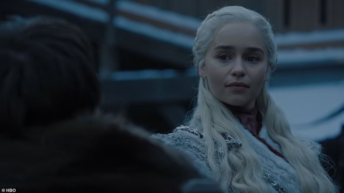 Dany introduction: Jon introduces Dany to Sansa, as Dany says, 'He north is as beautiful as your brother claimed, as are you'