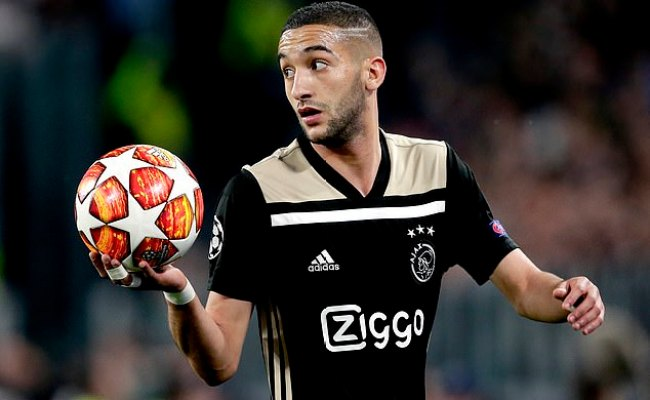 Ajax Ace Hakim Ziyech Chased By Manchester United