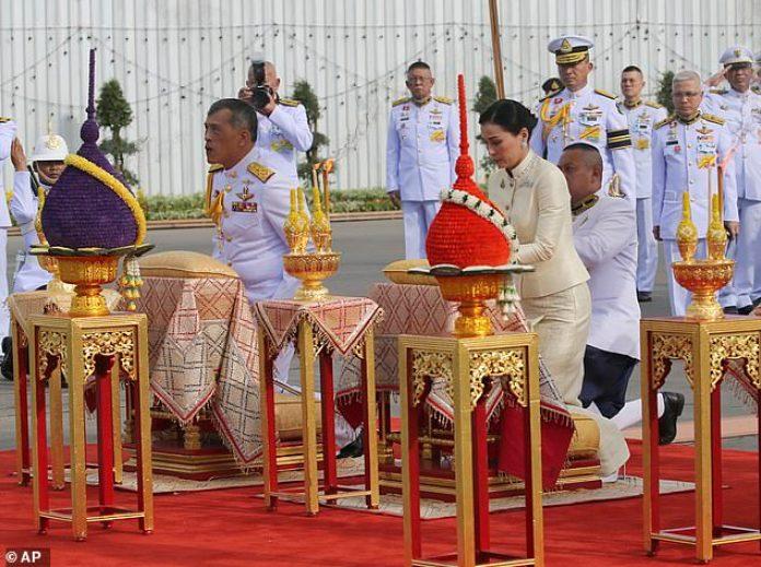 King Maha Vajiralongkorn and Queen Suthida pay homage to the Equestrian Statue of King Chulalongkorn in Bangkok