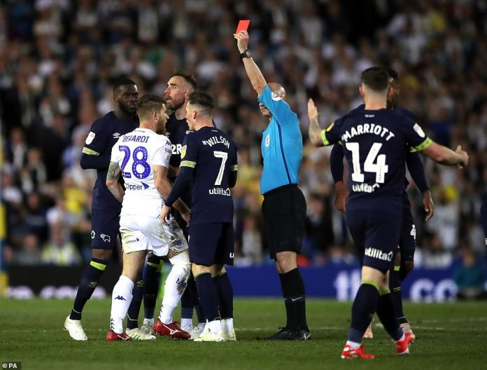 The home side were reduced to 10 men with just 12 minutes remaining after Gaetano Berardi saw red for two yellow cards