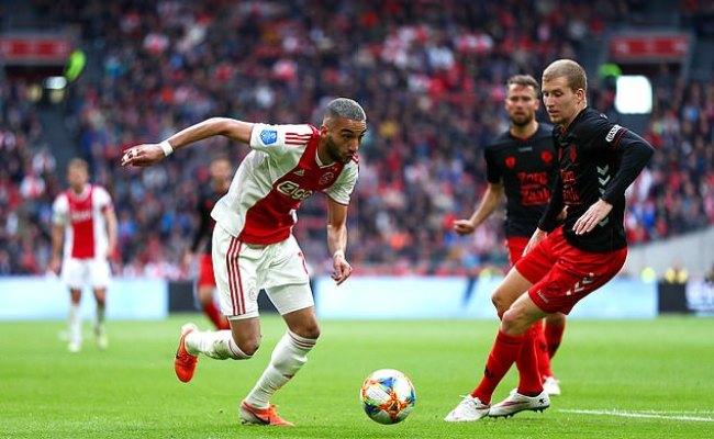 Bayern Munich Turn Attentions To Ajax Star Hakim Ziyech