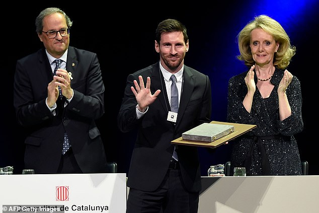 Barcelona forwardLionel Messi has been awarded with the'Creu de Sant Jordi' for 2019