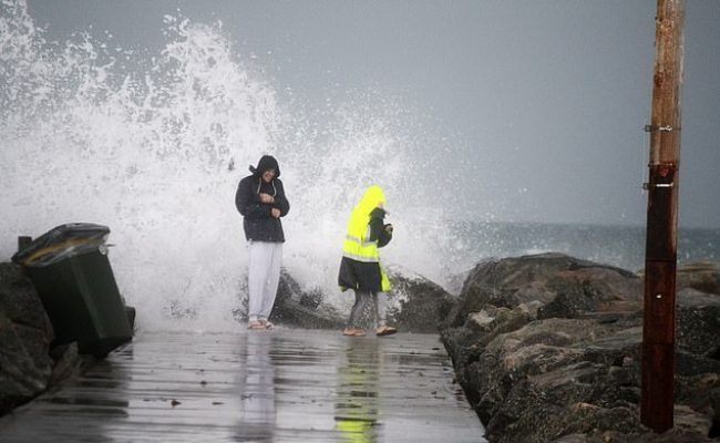 Cold Snap To Grip Parts Of Australia As Rain Batters