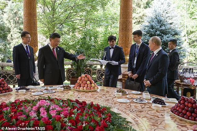 Putin congratulates Chinese President Xi Jinping for his 66th birthday by presenting him with ice cream