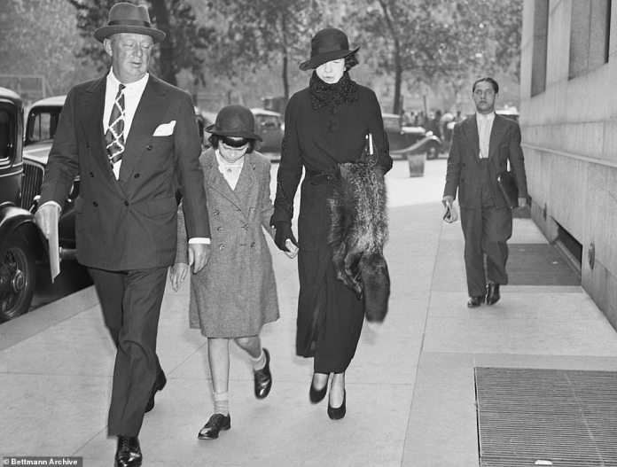 """Process of the Century: The custody dispute over Gloria and her $ 4 million legacy was publicly staged in 1934 and given her the nickname """"poor little rich girl"""" in the press"""