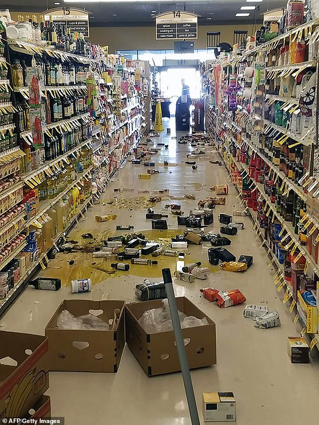 In the small desert city of Ridgecrest, near the epicenter of the earthquake, grocery store aisles were littered with smashed bottles, jars and packages