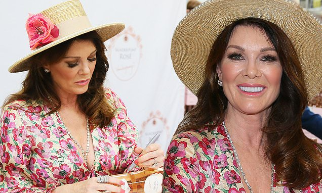 lisa vanderpump signs bottles