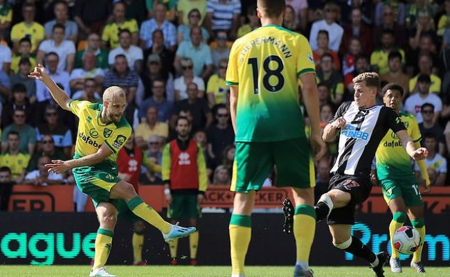 Norwich 3 1 Newcastle Teemu Pukki Notches Super Hat Trick