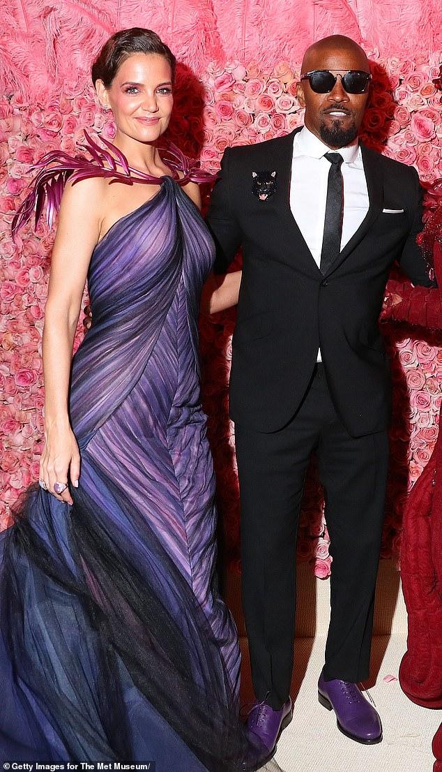 Hecho: Katie Holmes y Jamie Foxx se separaron después de salir durante seis años. Y de acuerdo con PageSix, los dos no han estado juntos durante varios 'meses'. Fueron vistos por última vez juntos en público en la Met Gala en Nueva York en mayo