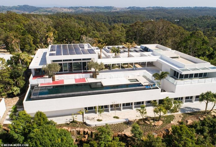 Good idea! Given the property's coastal location, the panels will provide plenty of electricity during the hotter months