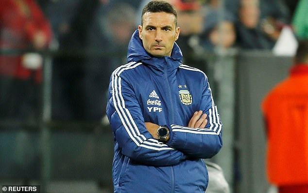 The goal gave Argentina head coach Lionel Scaloni cause for concern early in the first half