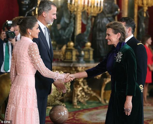 Spain's King Felipe VI and Queen Letizia welcome Spanish soprano Ainhoa Arteta for an official reception