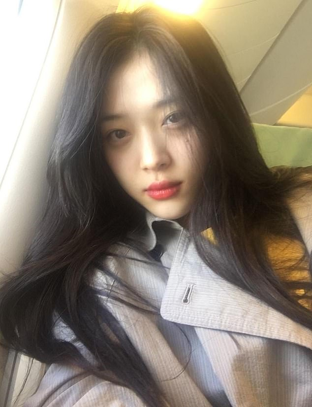 Sulli caused controversy for showing her nipples under her top in conservative Korea and for appearing drunk during an Instagram live stream