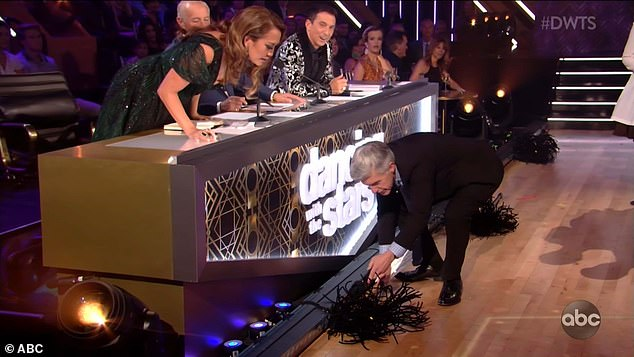 Vibrating broom: Show host pointed to a vibrating broom in front of the judges' panel and Carrie Ann leaned over to look