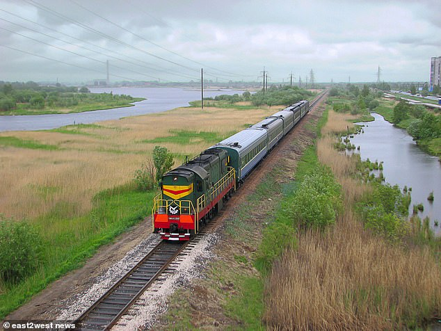 Three US Embassy Attaches, Captain William Curtis, Gerry Arriola Anthony and Colonel DS Dann, were taken off a train that was travelling from Nyonoska to Severodvinsk, accused of violating their rules of stay. Russian law forbids travel to restricted zones, including Severodvinsk