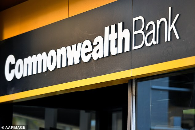 Australians Threaten To Boycott Commonwealth Bank After Major Outage Left Them Stranded Without Cash Daily Mail Online