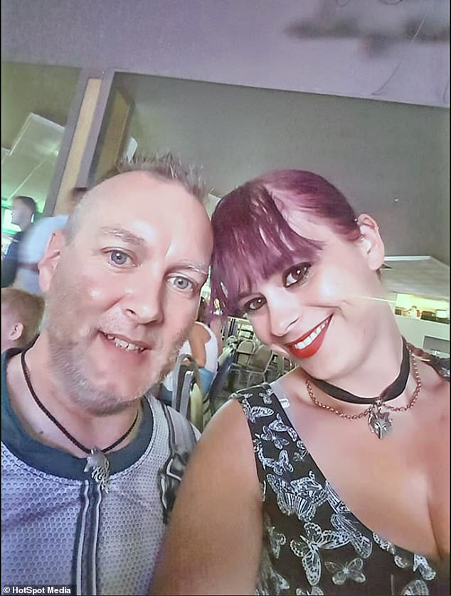 Following a Comic-Con event in Swansea in October 2015, which  Terri and Kirk had both attended, the pair became friends on Facebook