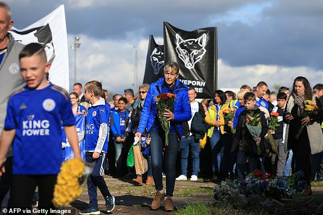 #walkforvichai saw fans walk together to the King Power Stadium to pay respects to the man
