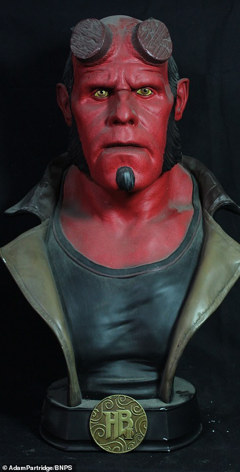 Hellboy II: The Golden Army bust sold for £120