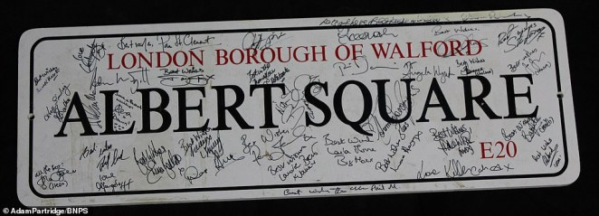 An 'Albert Square' road sign featuring signatures from cast members sold for£25 after it was predicted to make between£40 and £60