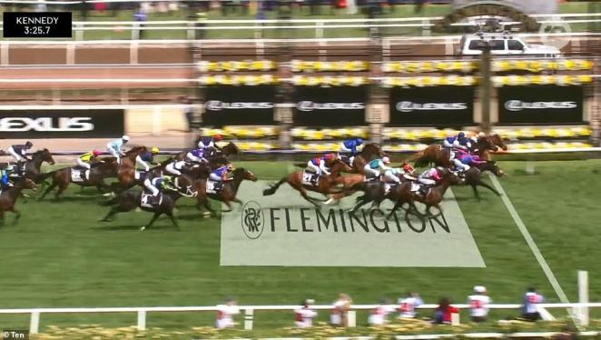 Vow and Declare has won the Melbourne Cup by a nose to upstage the international competition and claim victory in Australia's greatest race