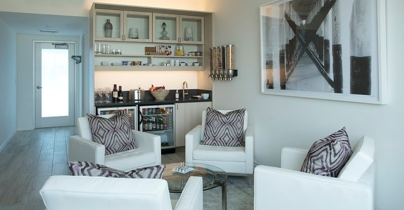 Access to The Private Suite is via a very discreet entrance on the outer edge of the airport