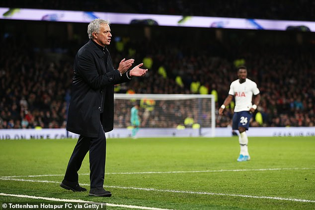 Mourinho returns to United bidding for his fourth straight win as Tottenham manager