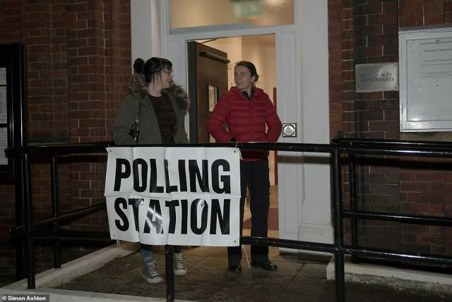 Voters also turned up early at theOulton Institute in the Leeds West constituency held last time by Labour's Rachel Reeves