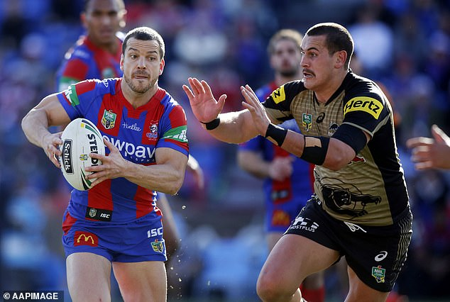 Mullen, a former halfback, played 211 games for the Newcastle Knights after debuting as a teenager. He represented NSW in State of Origin in 2007