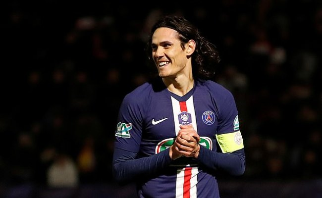 Manchester United And Chelsea Eye Psg Star Edinson Cavani