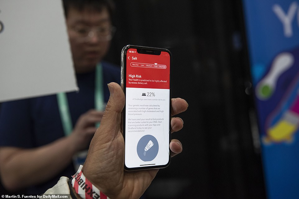 If your results show you have a genetic predisposition like high blood pressure, the wristband will tell you to stay away from salty snacks. Users simply scan the barcode on a product and the device will turn either red or green to indicate whether it may be good for you. The companion app also notifies users on what to eat and not eat