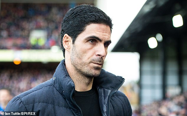 The former Man City n. 2 Mikel Arteta was connected with a move by the England defender