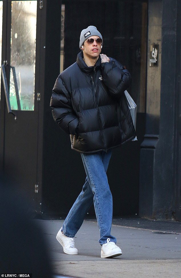 Pete Davidson is seen yawning while out shopping in Manhattan's Soho area on December 23