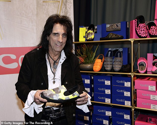 These musicians love comfy shoes: Another famous musician who made an appearance was none other than Alice Cooper