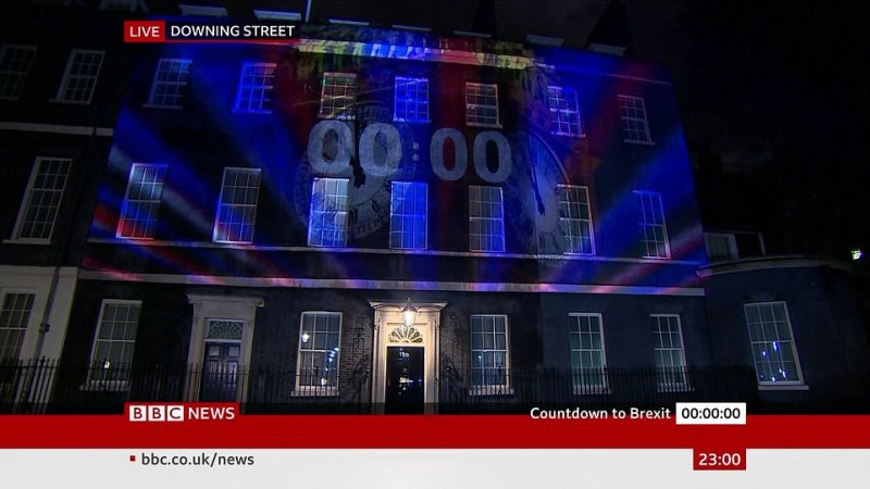 The final moments of Britain's membership of the EU were counted down in lights projected on to the famous No10 frontage
