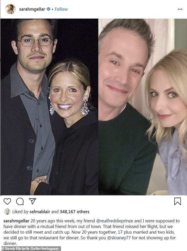 Sarah Michelle Gellar Marks 20 Years Since Her First Date With Husband Freddie Prinze Jr Daily Mail Online