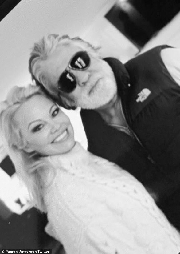 Pamela Anderson posts with new husband Jon Peters