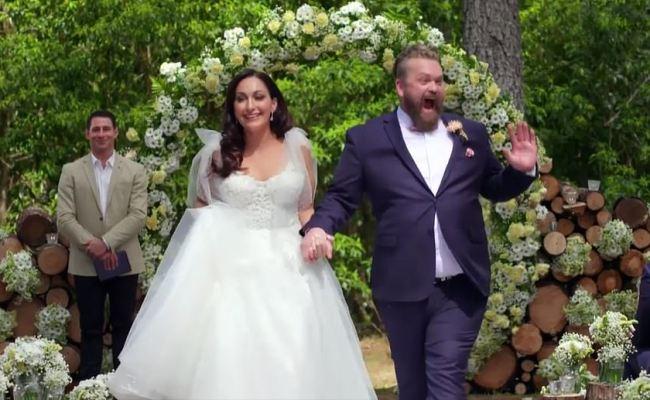Mafs Bride Poppy Jennings Flees Luke Eglin In Tears As He