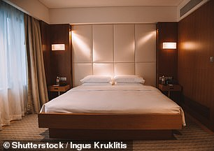 Modern king size bed bedroom in a luxury hotel in Singapore, Grand Hyatt