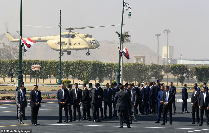 Mubarak's casket was taken to Cairo's Mosheer Tantawy mosque via helicopter before being carried out by an honour guard of the Egyptian Republican Guard for the ceremony